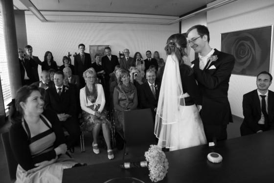"""חתונה חו""""ל"""