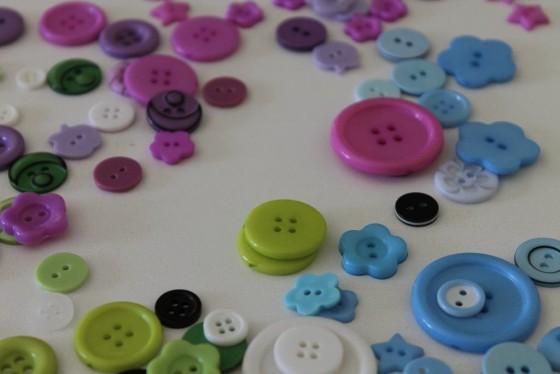 כפתורים צבעוניים