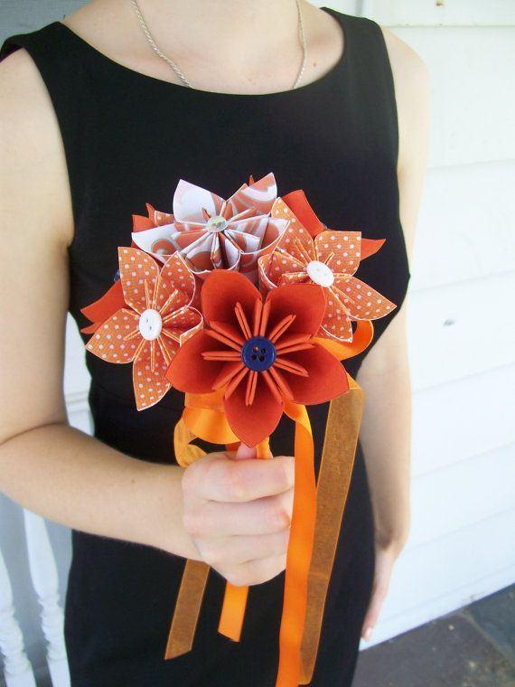 זר פרחים מקיפולי נייר